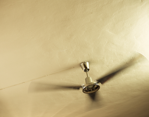 Choosing The Right Size Ceiling Fan Ceiling Tiles